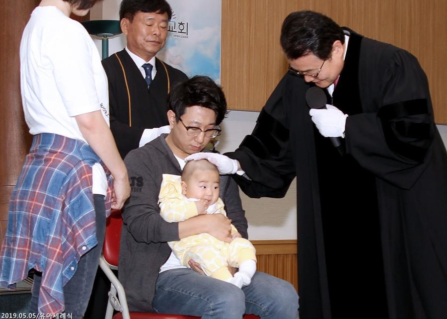 20190505유아세례식 (6)p.jpg