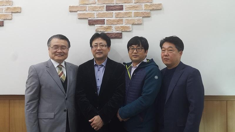 2018-11-11   홍창웅홍창휘1.jpg